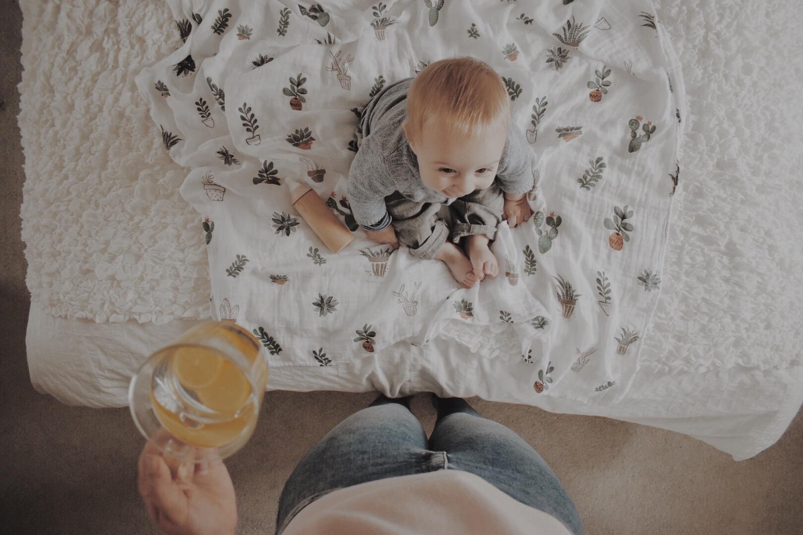 fresh lemon tea and a happy baby @hannah.fanciful